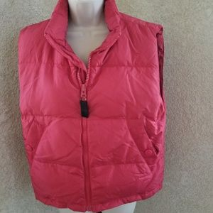 Eddie Bauer zip up collared sleeveless puffer vest